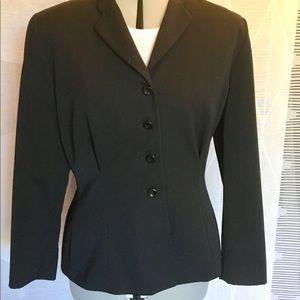 Black wool blazer with narrow lapels